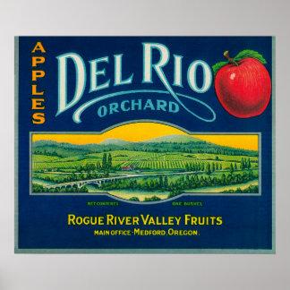 Del Rio Apple Crate LabelMedford, OR Poster