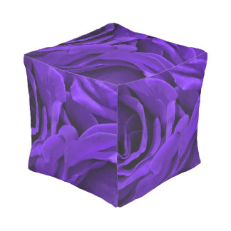 Delicate bright purple roses flower photo pouf