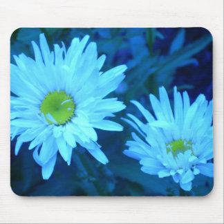 Delicate double Petal Daisy mousepad