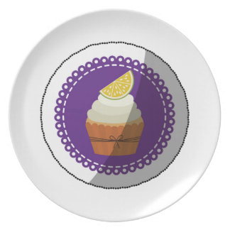 Delicious cup cake party plate