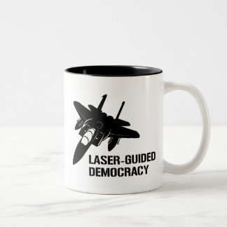 Démocratie/paix à guidage laser par la puissance mug bicolore