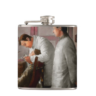 Dentist - The horrors of war 1917 Hip Flask