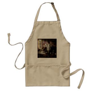 Dentist - The horrors of war 1917 Standard Apron