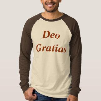 Deo Gratias in Camisia T-shirts