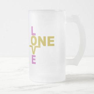 Des tasses d'égalité de mariage/un amour -