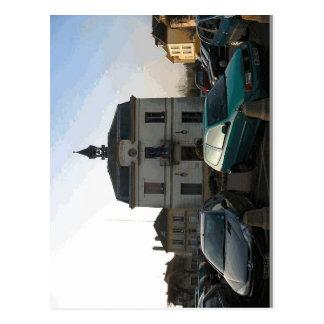 Description Mairie d'Auvers-sur-Oise, vue d'aujour Postcard