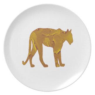Desert Hunt Dinner Plates