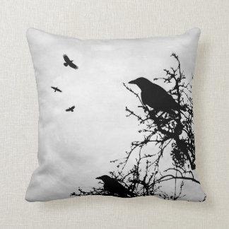 Design 43 Crow Raven Throw Pillow