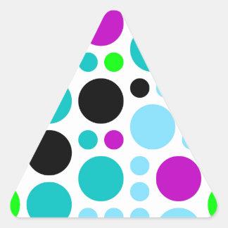Design scores triangle sticker