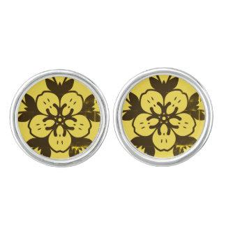 Designers golden cufflinks : with flower