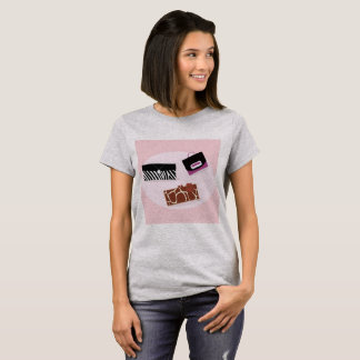 Designers ladies Tshirt : with Shopping bags