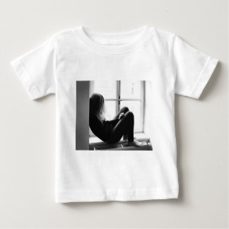 desperate baby T-Shirt