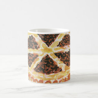 Dessert vintage de nourritures, tarte aux noix de mug blanc