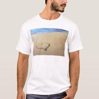 Destin tropical de paradis de sable de plage de t-shirt