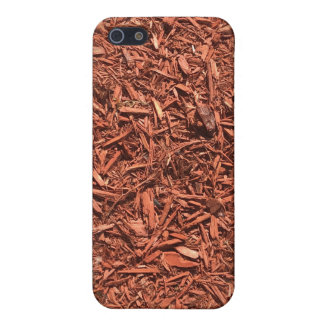 detailed mulch of red cedar for landscaper iPhone 5/5S cases