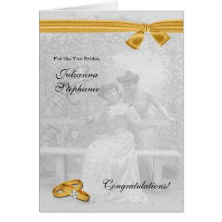 Deux félicitations gaies de mariage de jeunes carte de vœux