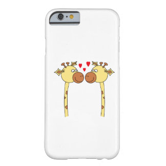 Deux girafes avec les coeurs rouges d'amour. Bande Coque iPhone 6 Barely There