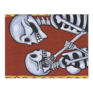 dia de los muertos skeletons in love postcard