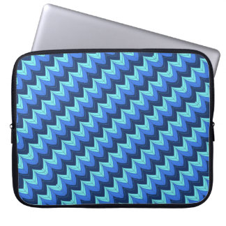 Diagonal zigzag arches laptop sleeve