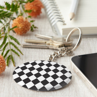 Diamond Harlequin Pattern in Black and White Basic Round Button Keychain