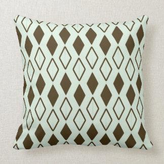 Diamond pattern Polyester Throw Pillow