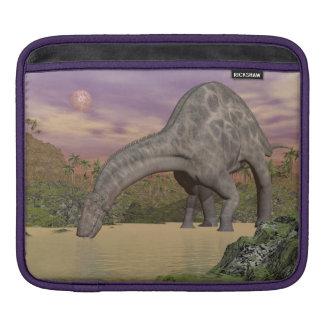 Dicraeosaurus dinosaur drinking - 3D render iPad Sleeve