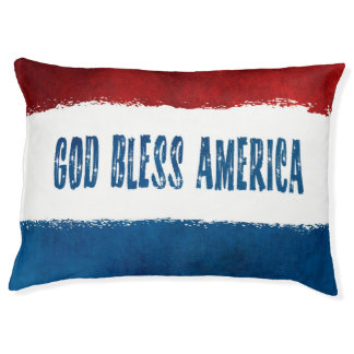 Dieu patriote bénissent le lit de chien de