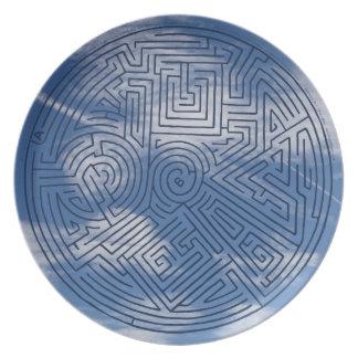 Dinnomuse No. 1.  Maze sky plate. Plate