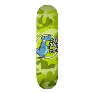 Dinosaure drôle ; camo vert clair, camouflage skateboard old school 18,1 cm