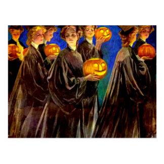 Diplômés d'université de sorcière de Halloween Cartes Postales