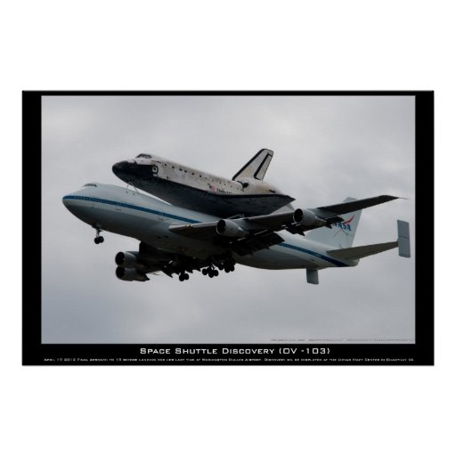 Discovery on final Approach Poster