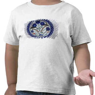 Dish with a floral decoration, Iznik Tees