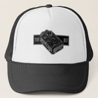 Distortion Pedal Black & White 1987 Trucker Hat
