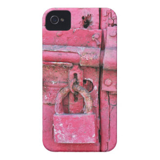 Distressed Vintage Lock Painted Pink, Deadbolt Case-Mate iPhone 4 Case