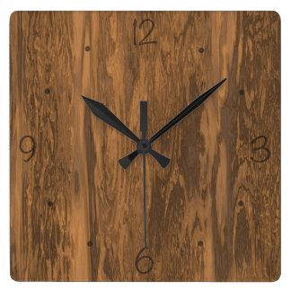 Distressed wood pattern clock