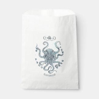 Dive Here Favour Bag