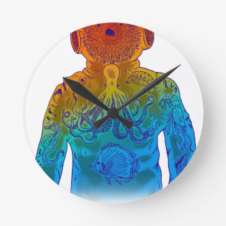 Diver Round Clock