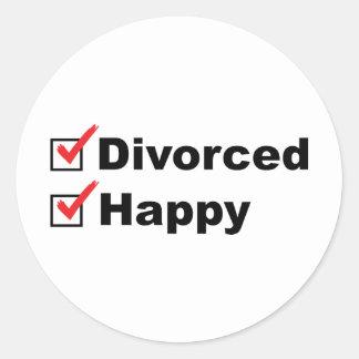Divorcé et heureux sticker rond