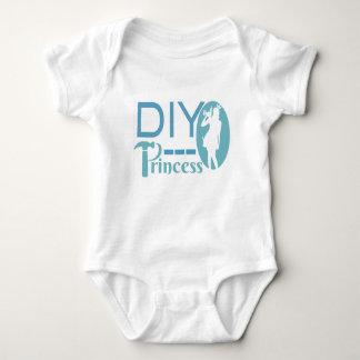 DIY Princess Baby Bodysuit