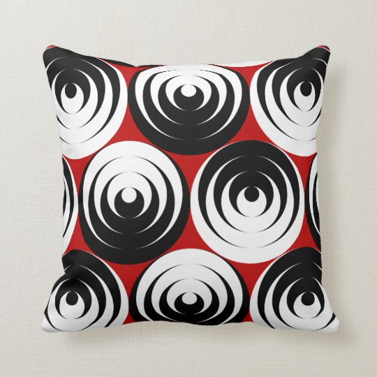 Dizzy circles throw pillow