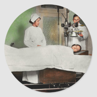 Doctor - Xray - Getting my head examined 1920 Classic Round Sticker