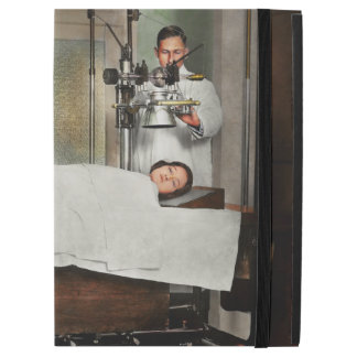 "Doctor - Xray - Getting my head examined 1920 iPad Pro 12.9"" Case"