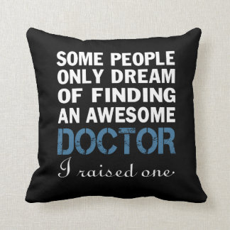DOCTOR'S DAD THROW PILLOW