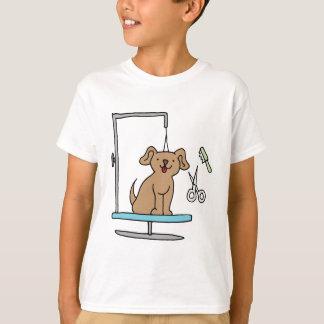 Dog grooming table t-shirt