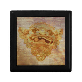 Dog head on a wooden board 9.1.3 gift box