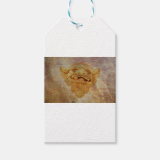 Dog head on a wooden board 9.1.3 gift tags