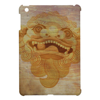 Dog head on a wooden board 9.1.3 iPad mini case