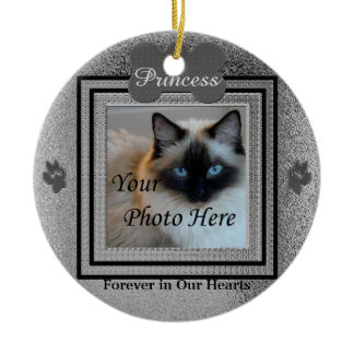 Dog or Cat Memorial Custom Silver Round Ceramic Ornament