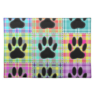 Dog Paw Pattern Quilt Placemat