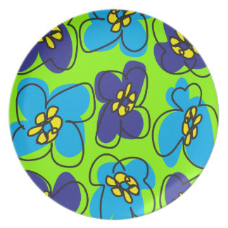 Dogwood Retro Plate in Bright Spring Green